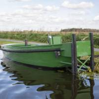bateau pousseur/ remorqueur